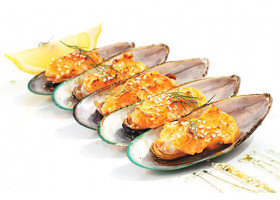 Мидии запеченные сырные 5 шт